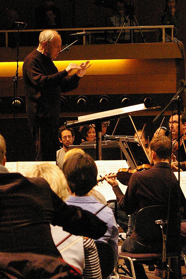 Pierre Boulez. Donaueschinger Musiktage 2008, SWR Sinfonieorchester Baden-Baden und Freiburg.